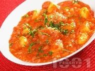 Картофена яхния със кюфтета от свинска кайма и доматен сос (Кюфтета по чирпански без пържене)